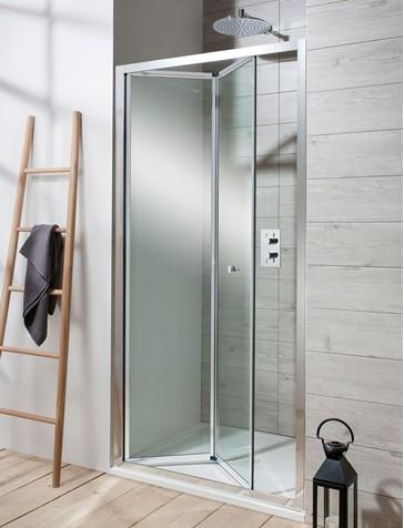 Bi-Fold Showers